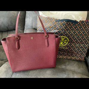 NEW Tory Burch Emerson LARGE Tote